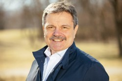 Д-р Симидчиев: Фрагментирането на обществото ни пречи да се справим с пандемията
